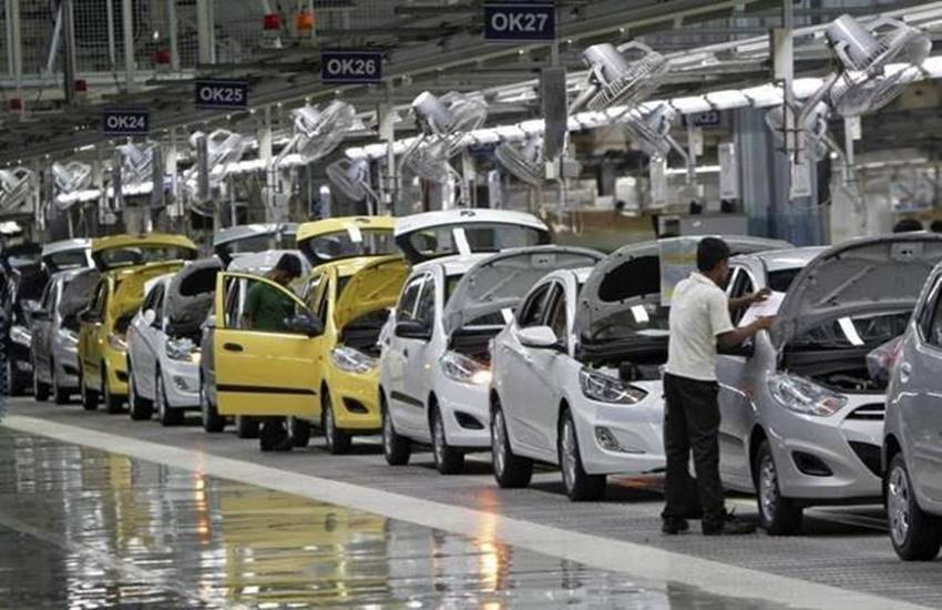 Auto industry, government, stimulate demand, reducing GST, 10 lakh people, component manufacturers, slowdown, Vehicle sales, Automotive Component Manufacturers Association of India (Acma), business news, business news in hindi, india news, Hindi news, news in Hindi, latest news, today news in Hindi