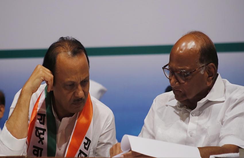 NCP में शरद और अजित पवार में फिर ठनी, भतीजा लगवा रहे भगवा झंडा, चाचा बोले- पार्टी का निर्णय नहीं